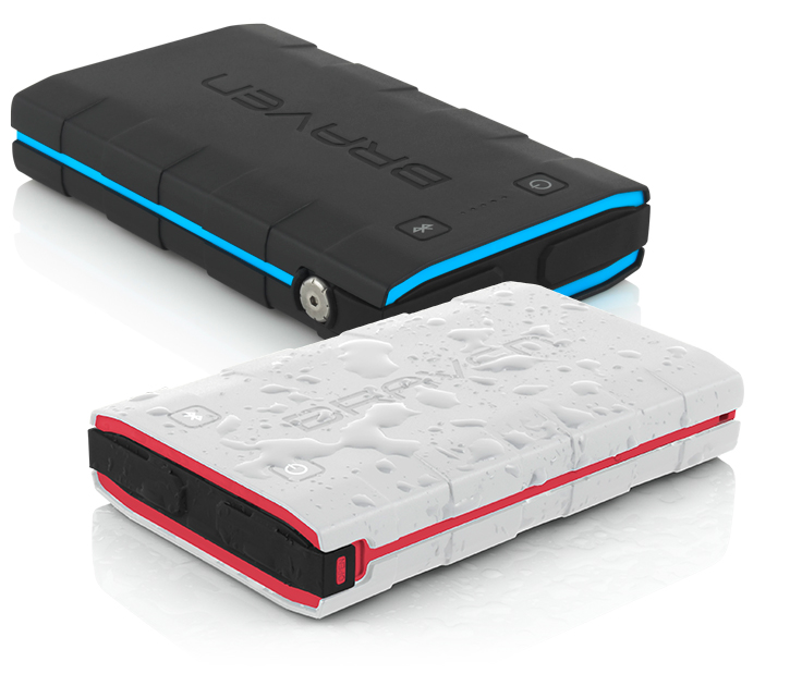 incipio-braven-bank-6000-mah-black-cyan-top-1_1